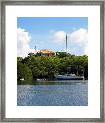 Coral Bay 1 Framed Print