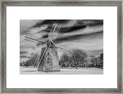 Corwith Windmill Long Island Ny Framed Print by Susan Candelario