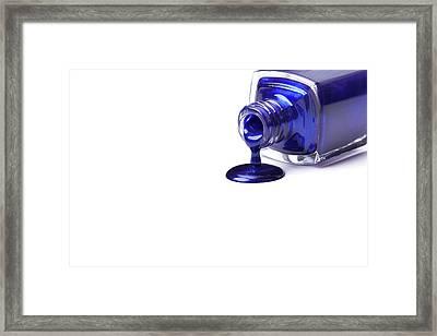 Cosmetics Sample. Framed Print by Serhii Holenko