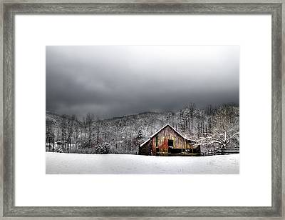 Country Barn In The Smokies Framed Print