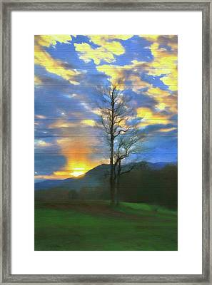 Country Sunset On Wood Framed Print by Dan Sproul