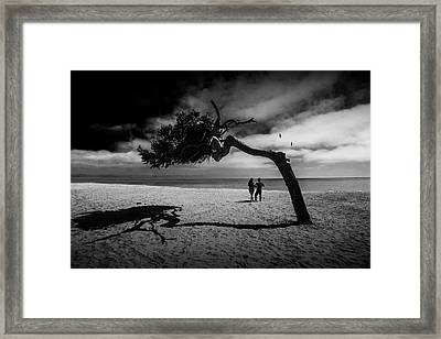 Framed Print featuring the photograph Couple On Cabrillo Beach By Los Angeles California by Randall Nyhof