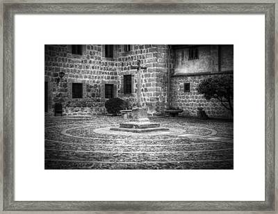 Courtyard At Convent Of The Incarnation Bw Framed Print by Joan Carroll