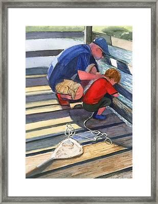 Crabbing Framed Print