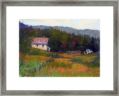 Crammond Farm Framed Print by Susan Williamson