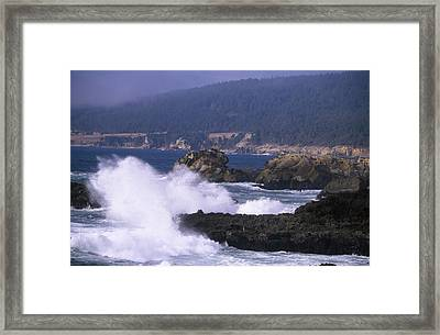 Crashing Surf - Salt Point Framed Print