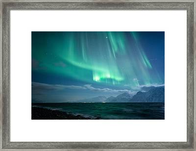 Crashing Waves Framed Print by Tor-Ivar Naess