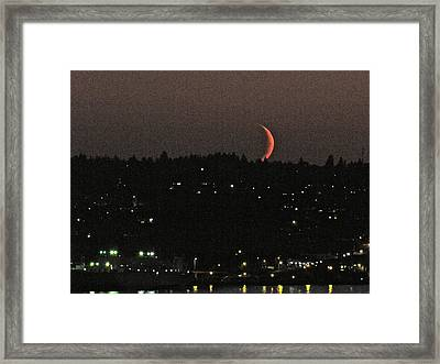 Crescent Moonset Framed Print by Sean Griffin