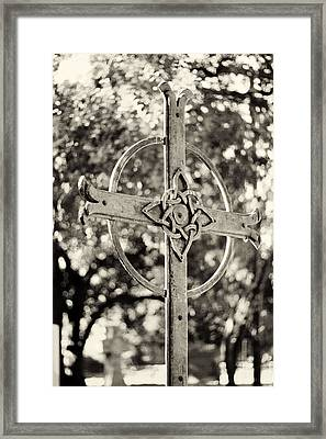 Cross At Dublin Pioneer Cemetery Framed Print by Troy Montemayor
