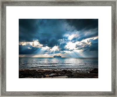 Cruise In Paradise Framed Print