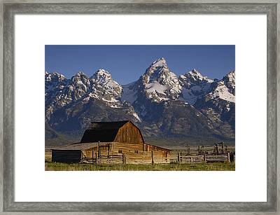 Cunningham Cabin In Front Of Grand Framed Print by Pete Oxford