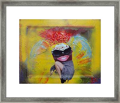 Cupcake Framed Print by Lisa Piper