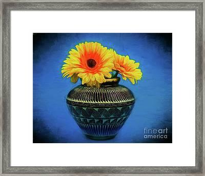 Daisy 121417-1 Framed Print