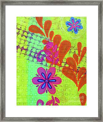 Daisy And Vine Framed Print by Desiree Paquette