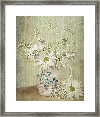 Daisy Delight Framed Print by Maria Dryfhout