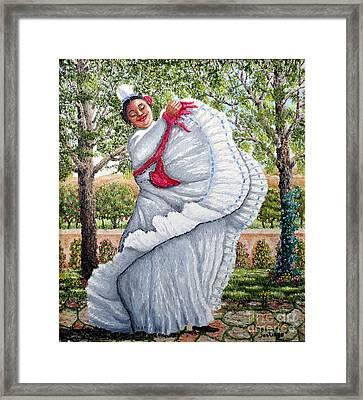 Dancing Queen Framed Print by Santiago Chavez