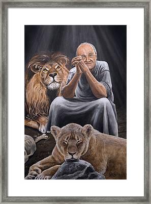 Daniel In Lion's Den Framed Print