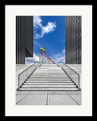 Himmel Framed Prints