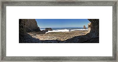 Davenport Panorama Framed Print by Larry Darnell