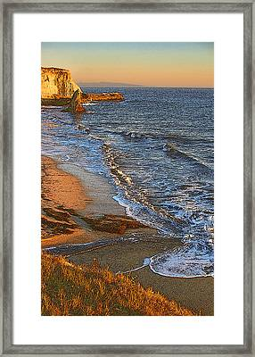 Davenport Sunset J Framed Print by Larry Darnell