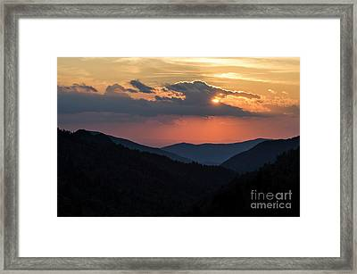 Framed Print featuring the photograph Days End In The Smokies - D009928 by Daniel Dempster