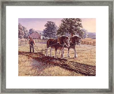 Days Of Gold Framed Print by Richard De Wolfe