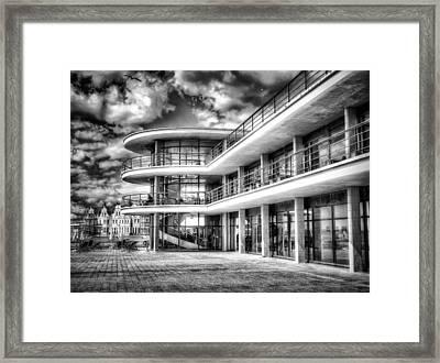 De La Warr Pavillion Framed Print
