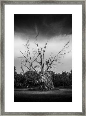 Dead End B/w Framed Print by Marvin Spates