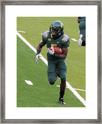 De'anthony Thomas Oregon Ducks Framed Print by Sam Amato