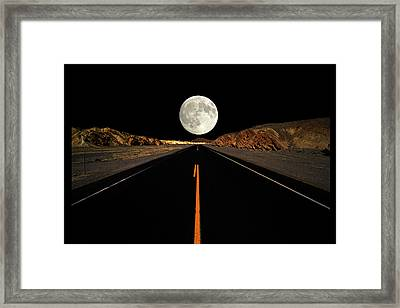 Death Valley Moon Rise Framed Print