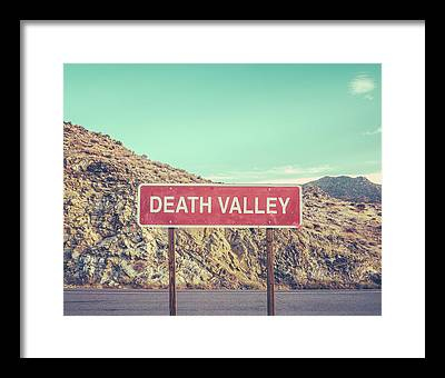 Death Valley Framed Prints