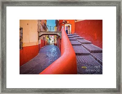 Del Campanero Framed Print
