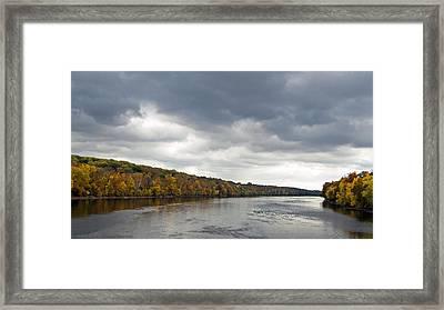 Delaware In Autumn Framed Print by Elsa Marie Santoro