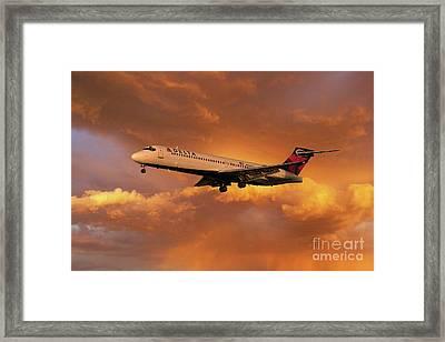 Delta_boeing 717-200 N934at Framed Print