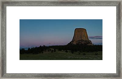 Framed Print featuring the photograph Devil's Tower At Dusk by Gary Lengyel