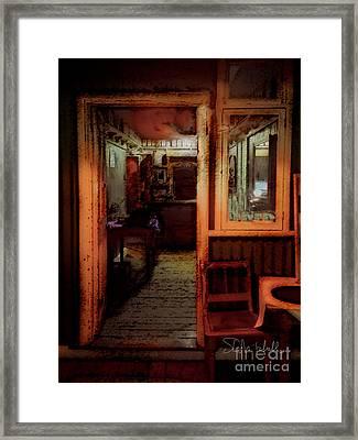 Die Sinkhuis1 Framed Print