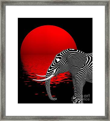 Digiphant Framed Print