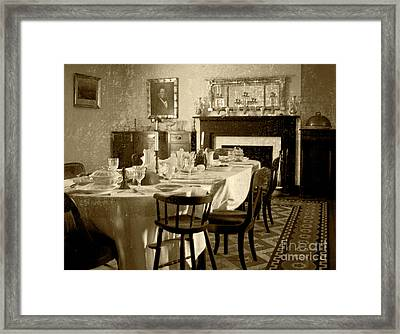 Framed Print featuring the photograph Dinner Is Ready by Pete Hellmann