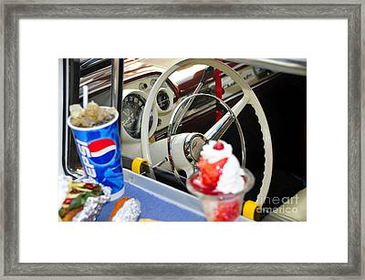 Dinning In The Fifties Framed Print by David Lee Thompson