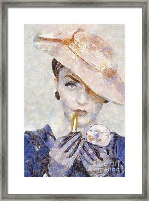 Diva Drama Framed Print by Shirley Stalter