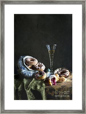 Dolce Vita 3 Framed Print by Elena Nosyreva