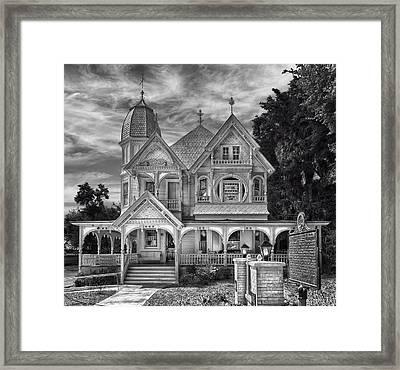 Donnelly House - Mount Dora Framed Print by Frank J Benz