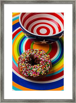 Donut On Circle Plate Framed Print by Garry Gay