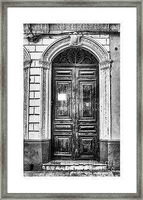 Doors Of Cuba Green Door Bw Framed Print by Wayne Moran