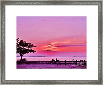 Framed Print featuring the photograph Summer Down The Shore by Susan Carella