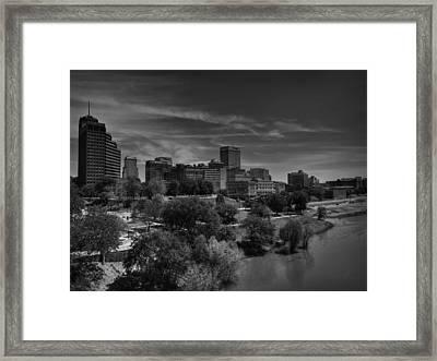 Downtown Memphis Skyline 001 Bw Framed Print by Lance Vaughn