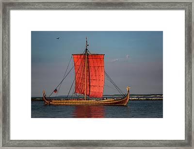 Draken Harald Harfagre Framed Print