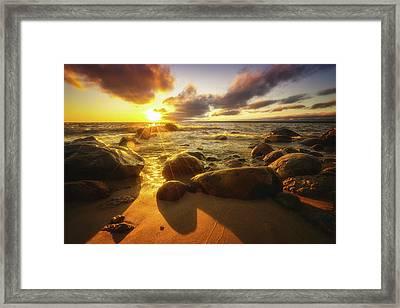 Drama On The Horizon Framed Print