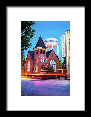 Arkansas Framed Prints