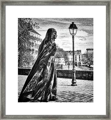 Duchesse Anne Framed Print by Elf Evans
